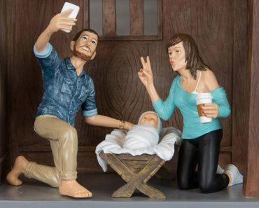 Funny New Hipster Nativity Scene
